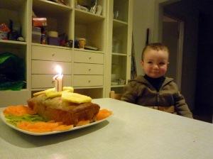 Birthday party with banana bread! 2009.01.04 (083)