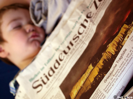 "The Süddeutsche Zeitung from 2009.08.24  Under the picture the title was:  ""Griechische Tragödie"" (""Greek tragedy"")"